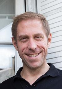 Dr. Clovis Tauber